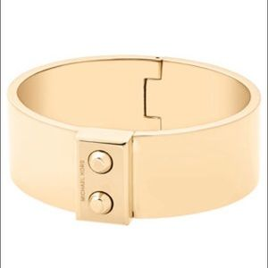 💋 Rare Gold Michael Kors Cuff Bracelet Bangle